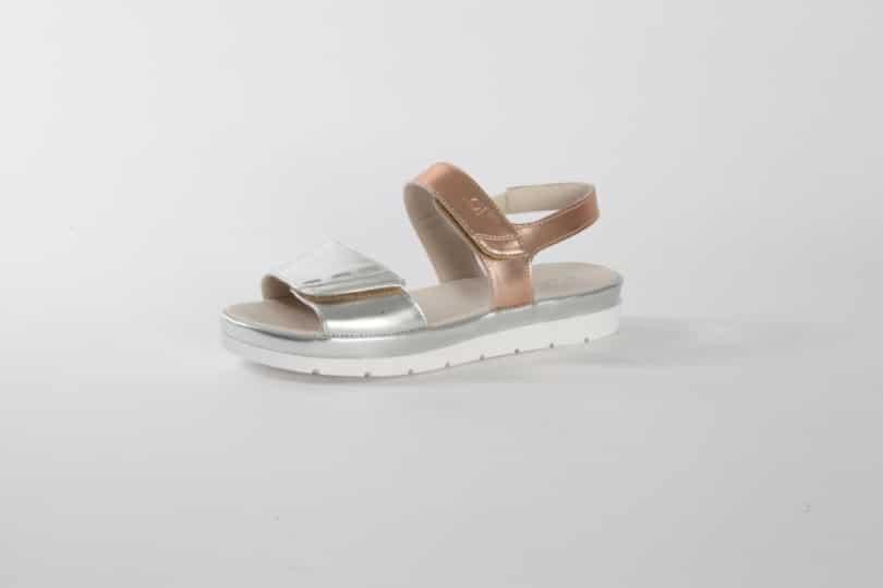 Find den perfekte sandal hos Relaxshoe