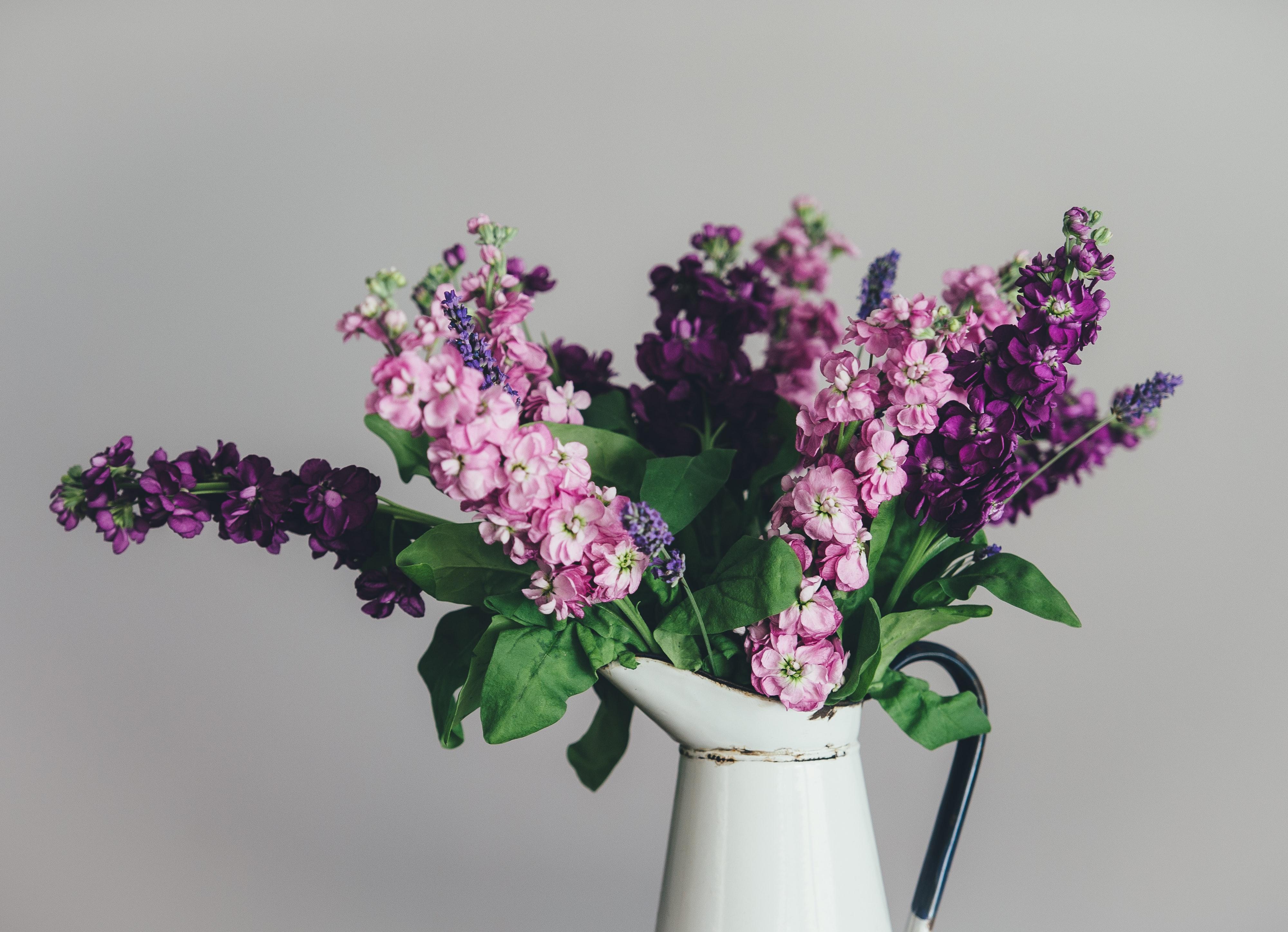 Skab hygge i dit hjem med kunstige blomster